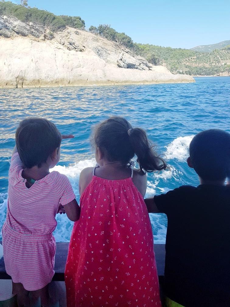 isola d'elba- gita in barca
